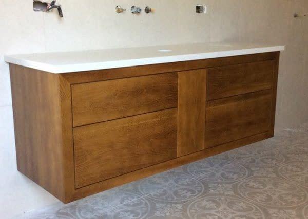 bathroom-vanity_rQg7lq3QV6IhZMis6Lli-700x500